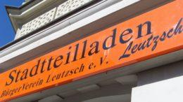Das Schild über dem Stadtteilladen-Eingang.