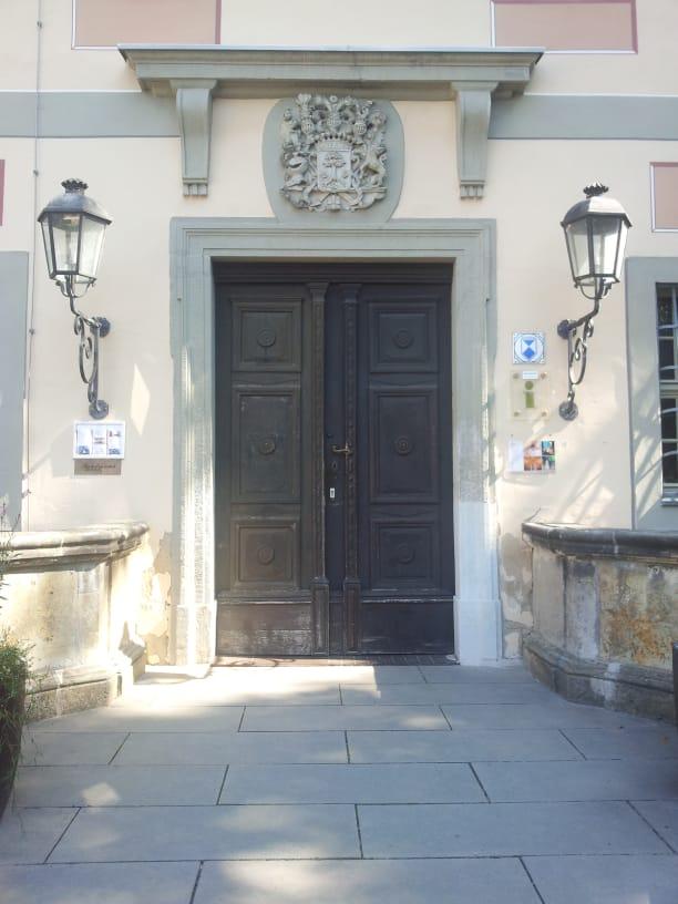 Eingangsportal des Schloss zu Machern