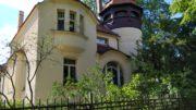 Villa Buchheim, erbaut von Paul Möbius, mit Turm in Leutzsch.
